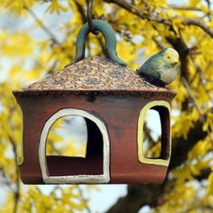 Krmítko pro ptáčky Bird, Outdoor Decor, Home Decor, Decoration Home, Room Decor, Birds, Home Interior Design, Home Decoration, Interior Design