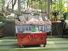 Flea Market Fabulous house tour - you don't want to miss this!  the screened in porch is so much fun!