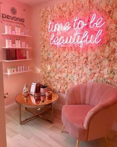 The Best Neon Signs for Beauty Salons