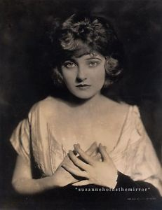 VINTAGE 1919 CORINNE GRIFFITH VITAGRAPH ACTRESS BY ALFRED CHENEY JOHNSTON PHOTO