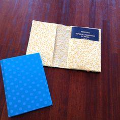 Porta-passaporte em cartonagem