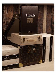 Louis Vuitton, le goût des lettres via Vogue.fr