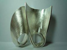 Alina Alamorean … -  ses bagues sculpture