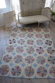 Fabulous Antique/vintage Cutter Quilt Lustrous Surface Spring Colorful Pastel! Easter!