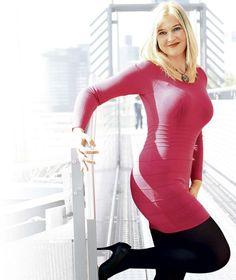 """SANDRA (40) LITT AN FETTSUCHT """"Ich wog 160 Kilo – heute sehe ich so aus?"""" Eine Magen-Verkleinerung und über 21 000 Euro für Schönheits-OPs brachten Erfolg"""