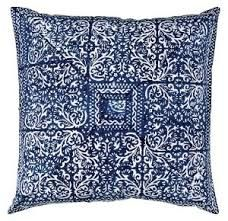 blue pillows for couch - sinistä sohvalle
