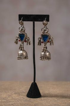 20A154 Silver Amrapali Earrings with Glass and Garnet Accents