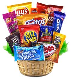 Snack Attack Basket-Snack Attack Basket for Students A candy bouquet is ideal way to show your college or boarding school student that you are thinking of them. Order Early for FREE Campus Delivery Via Standard Ground Shipping. Wine Country Gift Baskets, Diy Gift Baskets, Raffle Baskets, Fundraiser Baskets, Food Baskets, Theme Baskets, Candy Gift Baskets, Basket Gift, Food Cartoon