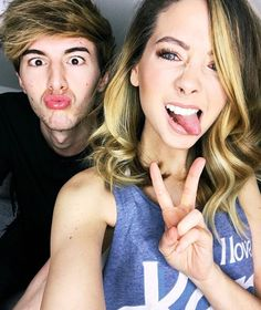 Zoella and Mark Ferris. They are friendship goals!!!