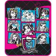 Monster High Throw   blanket bedding NEW with tags