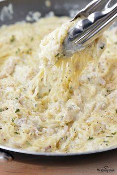 This Chicken Alfredo Spaghetti Squash recipe is pure comfort food!
