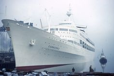 SS Canberra leaving Belfast April 1961 | by adambangor - 28th April 1961, when Canberra was leaving Belfast for Southampton, to begin her maiden voyage.