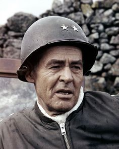 Battle of the Bulge - Robert Ryan Movie Photo, Movie Tv, Movie Theater, Old Hollywood Stars, Classic Hollywood, Robert Ryan, Iconic Movies, Classic Films, Best Actor
