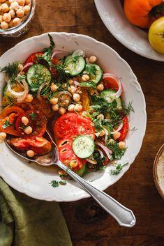 A 7 legjobb dolog, amit a friss paradicsomból készíthetsz - Kárai Dávid Gazpacho, Feta, Ethnic Recipes, Falafel, Cilantro, Falafels