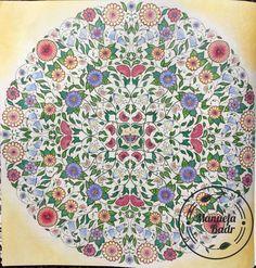 Uit mijn geheime tuin van Johanna Basford | Gekleurd met Faber Castel Polychromos en Caran d'ache Pablo. Achtergrond met Panpastel | 28-04-2016