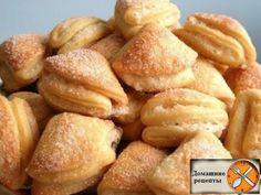 Продукты для приготовления творожного печенья: 1. Творог - 250 гр 2. Мука - 170 гр 3. Масло сливочное - 100 гр 4. Разрыхлитель - 0,5 ч. ложки 5. Сахар - ...