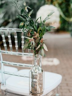 Chris and Emily made a genius decision to host their lovely Key West wedding at theErnest Hemingway House, a Spanish colonial style property built in 1851. We almost can't believe how modern this wedding turned out, considering the great historical architectural design constructed on native rock! Wow. Simply You Weddingsgets major kudos for planning this […]