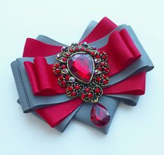 Ribbon Jewelry, Ribbon Art, Fabric Ribbon, Fabric Jewelry, Ribbon Bows, Jewelry Crafts, Ribbons, Steampunk Accessories, Diy Hair Accessories