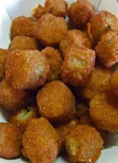 southern recipes Recipe for Southern Fried Okra - Fried okra is my all-time favorite vegetable. It is the only green vegetable that I get excited about eating. I can eat a ton of it. Southern Fried Okra, Southern Recipes, Country Cooking Recipes, Southern Appetizers, Southern Meals, Southern Side Dishes, Southern Dinner, Italian Cooking, Vegetable Dishes