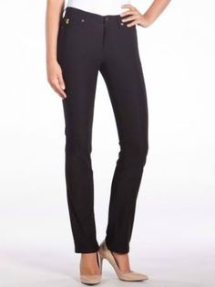 Feel like your best self in business casual looks by Canadian Designers - 3 Toronto Boutiques + Online Canadian Clothing, Formal Pants, Tight Leggings, Selling Online, Spring Summer 2018, Business Casual, Online Boutiques, Black Pants, Casual Looks