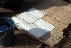 Tchoukou cheese from Niger, being air dried