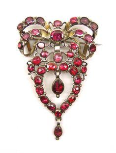 18th century garnet cluster pendant brooch, c.1760