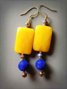 Un preferito personale dal mio negozio Etsy https://www.etsy.com/it/listing/517120976/ethnic-earrings-yellow-jade-earrings