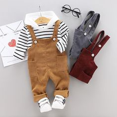 45 Delightful Spring Toddler Outfits Ideas For Lovely Boys - Cotton Blazers and Practical Mac Jackets One of the most important items in any young man's spring wardrobe is a lightweight blazer that can be worn o. Baby Outfits Newborn, Toddler Outfits, Baby Boy Outfits, Kids Outfits, Casual Outfits, Trouser Outfits, Pants Outfit, Outfit Sets, Two Piece Clothing Sets