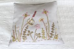 Made by Atelier Frantiska - Wedding pillow