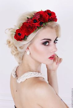 Stunning Red flower wreath Flower Headdress Flower Headpiece by MadamIren Wedding Headband, Crown Headband, Flower Head Wreaths, Hair Wreaths, Floral Hair, Floral Crown, Crown Hairstyles, Wedding Hairstyles, Red Flowers