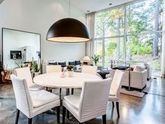 Awesome Nice White Round Dining Table