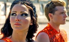 Jenifer lawrence and josh hutcherson play in the hunger games catching fire not hunger games Hunger Games Movies, Hunger Games Trilogy, Hunger Games Makeup, Suzanne Collins, Katniss And Peeta, Katniss Everdeen, Juegos Del Ambre, Tribute Von Panem Film, The Hunger