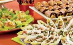 Appetizer Buffet - Blue Cheese on Endive, Asian Beef Rolls, and Crab Cake Bites With Fruit Salsa Tropical Fruit Salad, Fruit Salsa, Salsa Food, Appetizer Buffet, Appetizer Recipes, Party Recipes, Deli Platters, Party Platters, Publix Aprons Recipes