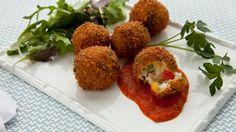 Italiaanse rijstballetjes met tomaten-oreganosaus  | VTM Koken