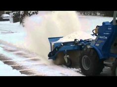 Brosse neige et feuilles sur MultiOne Monster Trucks, Car, Mud, Leaves, Snow, Cleaning, Automobile, Cars