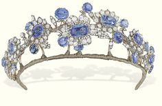 AN ANTIQUE SAPPHIRE AND DIAMOND TIARA