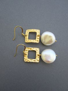 Coin pearl earrings Wedding earring Hammered square by Muse411, $28.00