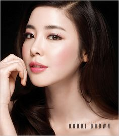 Korean actress Kim Gyuri(김규리) 'Gold Rose'