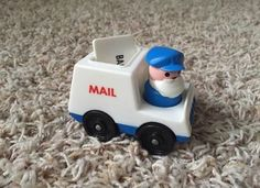 VIntage FISHER-PRICE LITTLE PEOPLE MAIL TRUCK & PLASTIC MAILMAN LOT & Mail #FisherPrice