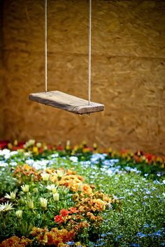 Pa had an old swing like this. And I loved it so much. (: