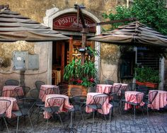 One of my favorite things, dining al fresco at a lovely outdoor cafe.