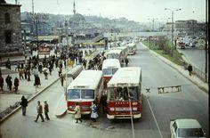 Eminönü Yeni Cami Durağı 1974 yılı... İSTANBUL