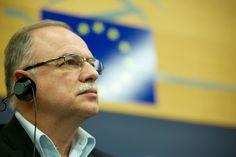 Μιλώντας σήμερα στο «Πρώτο Πρόγραμμα» (Ξ. Ζηκίδη), ο αντιπρόεδρος του Ευρωπαϊκού Κοινοβουλίου και επικεφαλής της ευρωομάδας του ΣΥΡΙΖΑ, Δημήτρης Παπαδημούλης, δήλωσε τα εξής: Η επίσκεψη Ομπάμα μπορ…