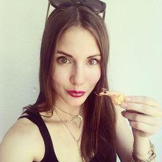 Long Italian lunch time in Al Capone restaurant. Dlugi wloski lunch z w towarzystwie krewetek w restauracji Al Capone.Polecam wszystkim prawdziwe wloskie smaki.  @alcapone_ristorante #italiangirl #italianfood #alcapone #wloska #italian #wsloskarestauracja #foodhunter #selfiegirl #lizatastesmakuje #warsawfoood #polecam #seefod #smile #follow #polishgirl #yammy
