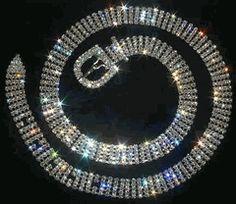 Resultados de la Búsqueda de imágenes de Google de http://www.glamforless.com/rhinestone-belts.gif