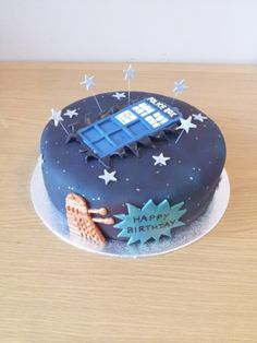 Dr who cake with crashed tardis