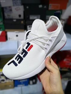 Großhandel Balenciaga Vapormax Off White Shoes Nike Boots Vans Nmd Supreme Schuhe Sportlich Trendy Top Qualität Neue Farbe Triple S Sneakers Männer