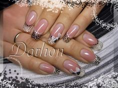 dots and bow by Darhon - Nail Art Gallery nailartgallery.nailsmag.com by Nails Magazine www.nailsmag.com #nailart