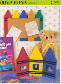 Classroom DIY Craft Ideas diy craft ideas for kids School Picture Frames, Canvas Picture Frames, Plastic Picture Frames, Canvas Frame, Plastic Canvas Crafts, Plastic Canvas Patterns, Tissue Box Covers, Tissue Boxes, Pc Photo