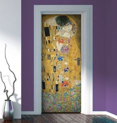 Picture of Il Bacio - Gustav Klimt love this! Door Coverings, Funky Painted Furniture, Door Murals, Temporary Wallpaper, Gustav Klimt, Bohemian House, Diy Apartment Decor, Love Wallpaper, Retro Home Decor